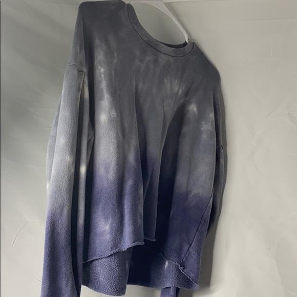 American Eagle Blue tye dye shirt